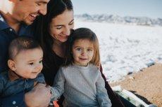 Jeśli często czujesz się bezradna, do tego masz niskie poczucie własnej wartości, to być może dorastałaś w toksycznej rodzinie
