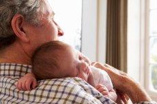 Szum suszarki to tzw. biały szum, który pomaga dziecku zasnąć.