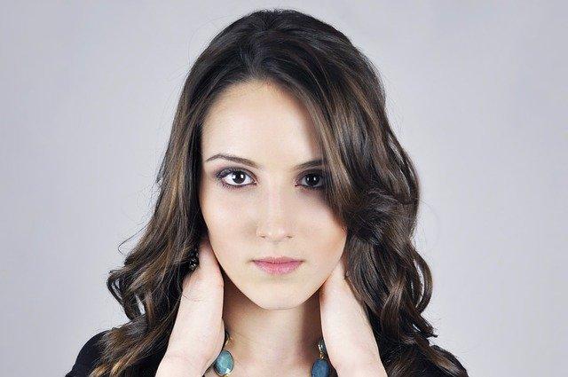 Fot. Pixabay /[url=http://pixabay.com/pl/wz%C3%B3r-kobiet-dziewczyna-pi%C4%99kny-429733/]alehidalgo[/url] / [url=http://bit.ly/CC0-PD]CC0 Public Domain[/url]