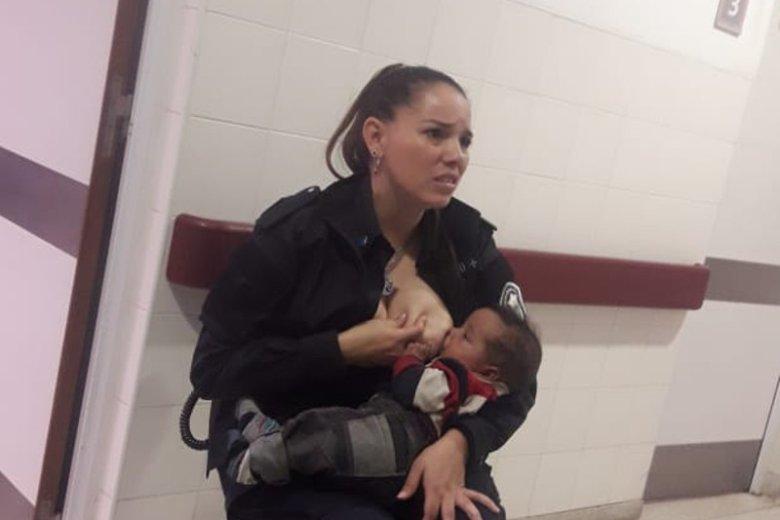 Celeste Ayala utuliła i nakarmiła dziecko