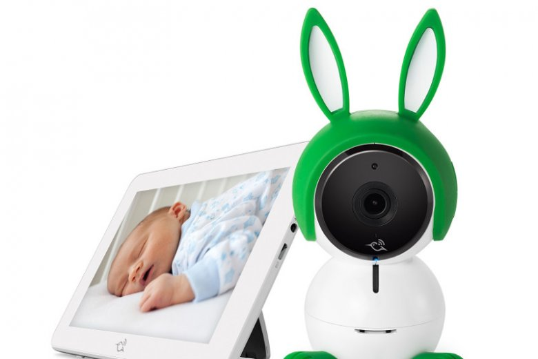 Z kamerą, kołysankami, lampką nocną i czujnikami powietrza - NETGEAR Arlo Baby stanowi idealną elektroniczną nianię dla nowoczesnych rodziców.