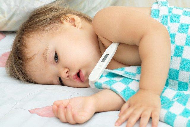 NIe tylko geny są odpowiedzialne za odporność organizmu dziecka. Czasami rodzice, skutecznie jąobniżają