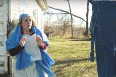 Maryja dowiaduje się o tym, że zostanie matką Jezusa... rozwieszając pranie.