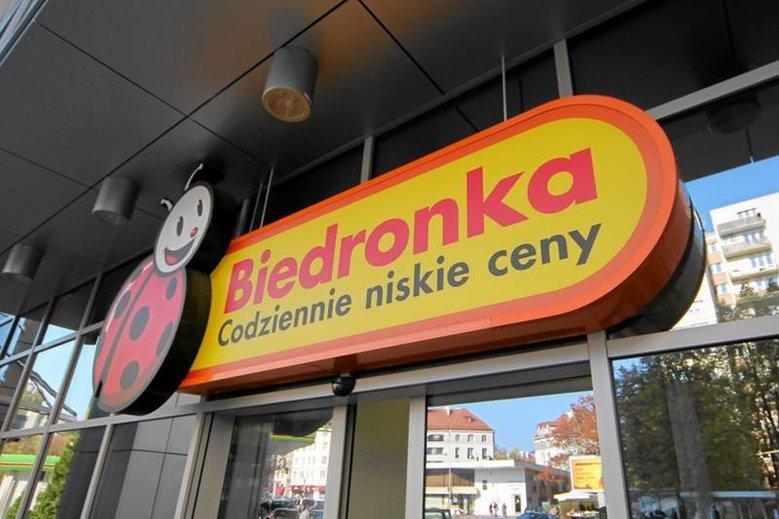 Klapki Kubota kupicie w Biedronce już za 19,99 zł!