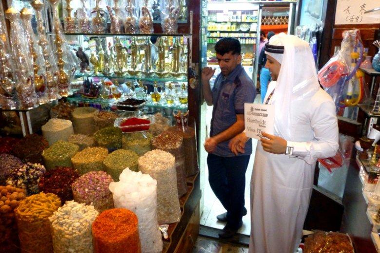 Jeden ze sklepów na słynnym Targu Przypraw w dzielnicy Deira