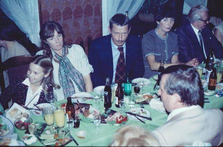 Mała Paulina Młynarska z rodzicami Adrianną Godlewskąi Wojciechem Młynarskim