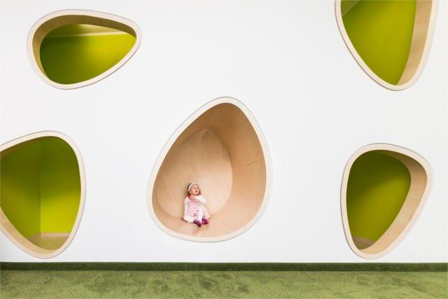 Dzieci odkrywają świat zmysłami