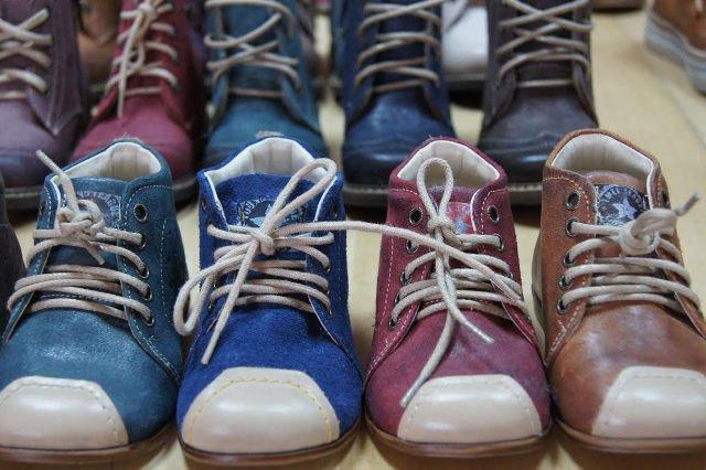 1270045691ea3 Jakie błędy popełniasz, kupując buty dla dziecka?   MamaDu.pl