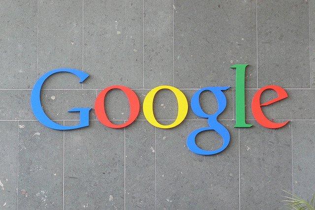 Google musi rozpatrzyć ponad 135 tysięcy wniosków o usunięcie blisko pół miliona linków.