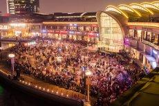 Dubaj słynie też z organizacji topowych festiwali dla konsumentów. Do najbardziej spektakularnych imprez tego gatunku należy Dubajski Festiwal Zakupów