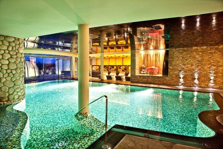 Basen w hotelu Głęboczek Vine Resort & SPA