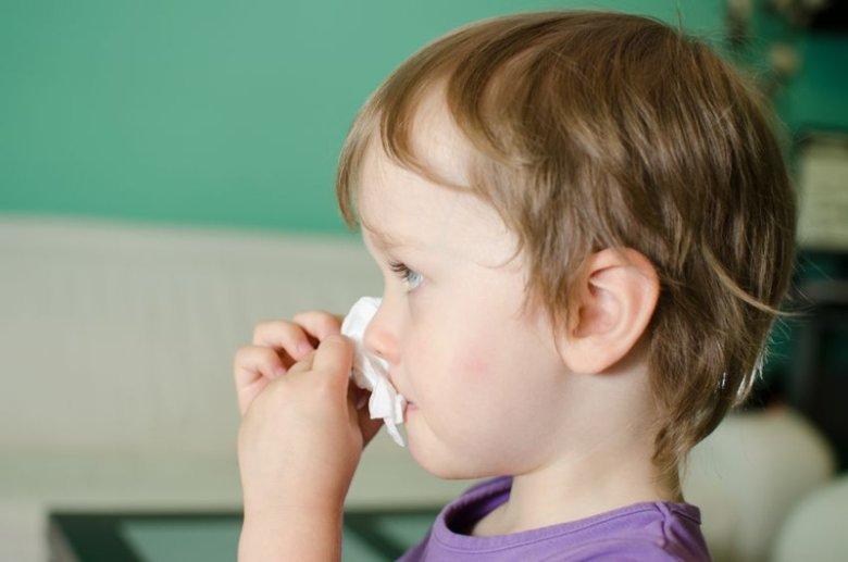 Rodzice podają dzieciom antybiotyki i w ten sposób im szkodzą.