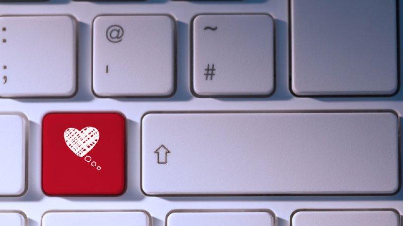 Serwisy randkowe - Polskie Badania Internetu