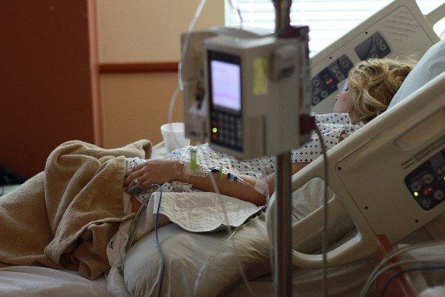 Fot. Pixabay / [url=https://pixabay.com/en/hospital-labor-delivery-mom-840135/]Parentingupstream[/url] / [url=https://pixabay.com/en/service/terms/#usage]CC0 Public Domain[/url]