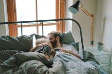 Okazuje się, że pary, które dużo się razem śmieją są szczęśliwsze