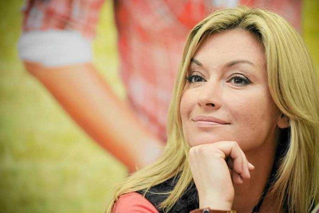 """""""To niemożliwe, żeby kobieta zawsze w stu procentach realizowała się zawodowo i jako matka, no i jeszcze wyglądała jak modelka"""" – uważa Martyna Wojciechowska."""