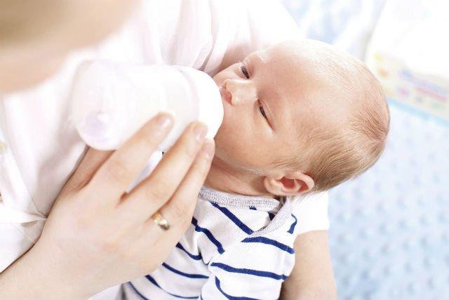 Przy wyborze mleka modyfikowanego powinniśmy kierować się przede wszystkim składem.