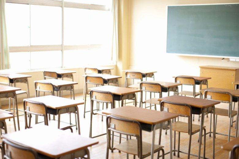 Wymagania stawiane dzieciom przez nauczycieli są czasami zupełnie bez sensu.