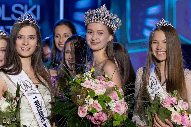Zuzanna Poteraj (w środku) wygrała konkurs Miss Nastolatek 2018