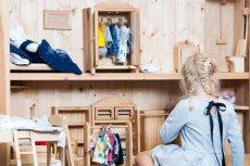Pluszowy miś to najpopularniejsza zabawka dla dzieci. Nie tylko jest niezastąpiona w zabawie, ale także wspomaga mocno rozwój dziecka