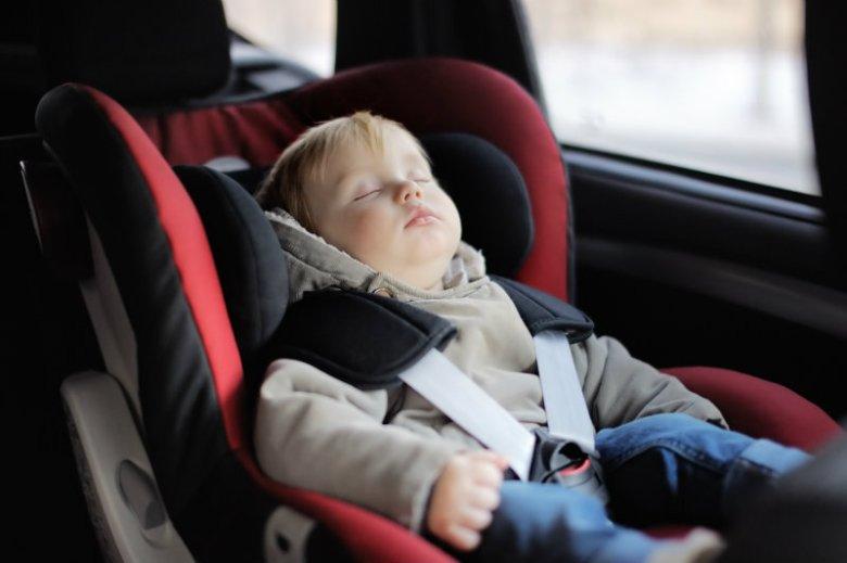 Różnica pomiędzy temperaturą na zewnątrz i klimatyzowanym samochodzie nie powinna przekraczać 6 stopni.