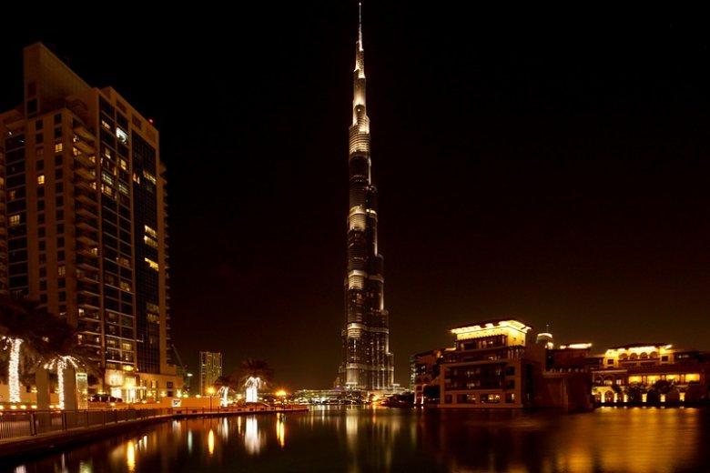 Burj Khalifa, wizytówka Dubaju i najwyższy wieżowiec świata