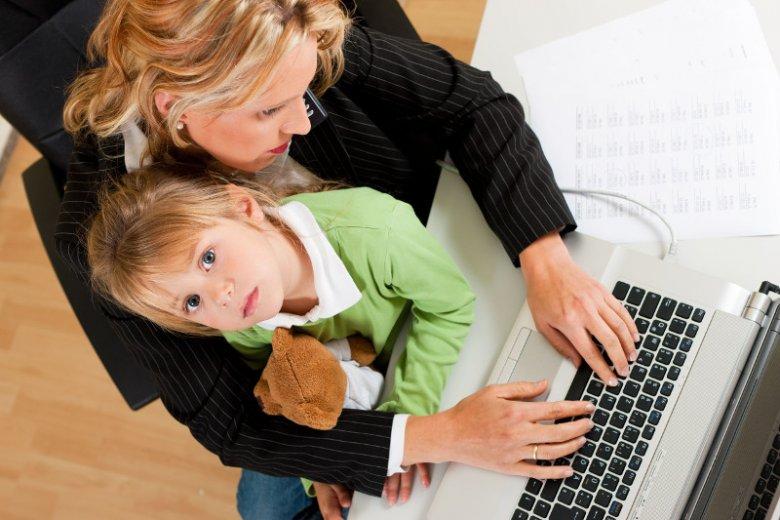 Rodzice chcą by dzieci miały dobrze płatną pracę.