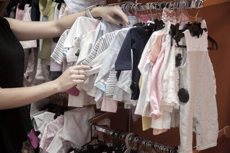 Dorota Zawadzka zadała pytanie o wybór kostiumu kąpielowego dla dziecka.