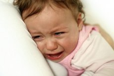 Kaszel u dziecka w nocy –jak pomóc?