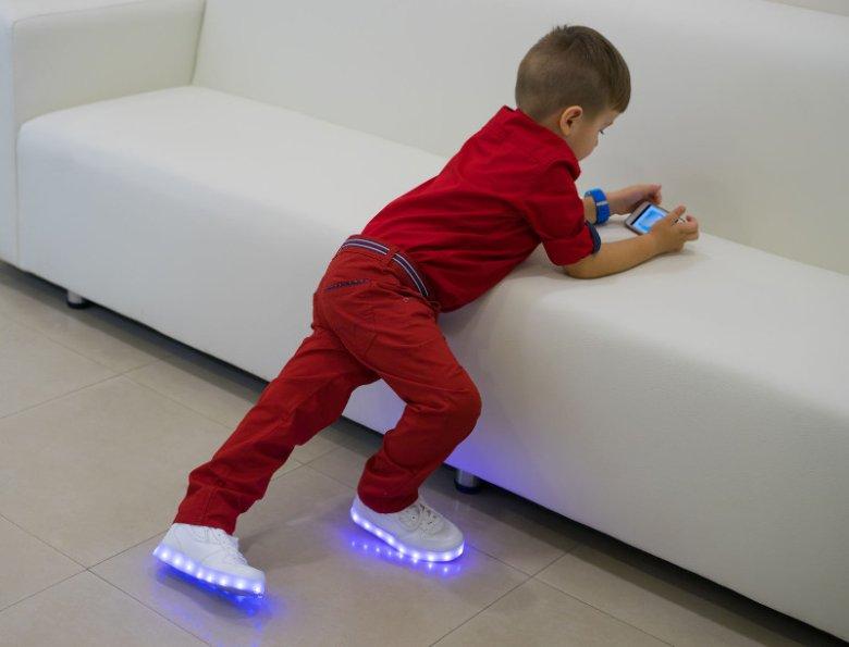 Dziecięce buty LED