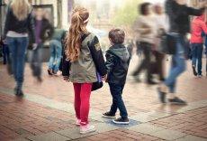 Jak zadbać o bezpieczeństwo dziecka w centrum handlowym?