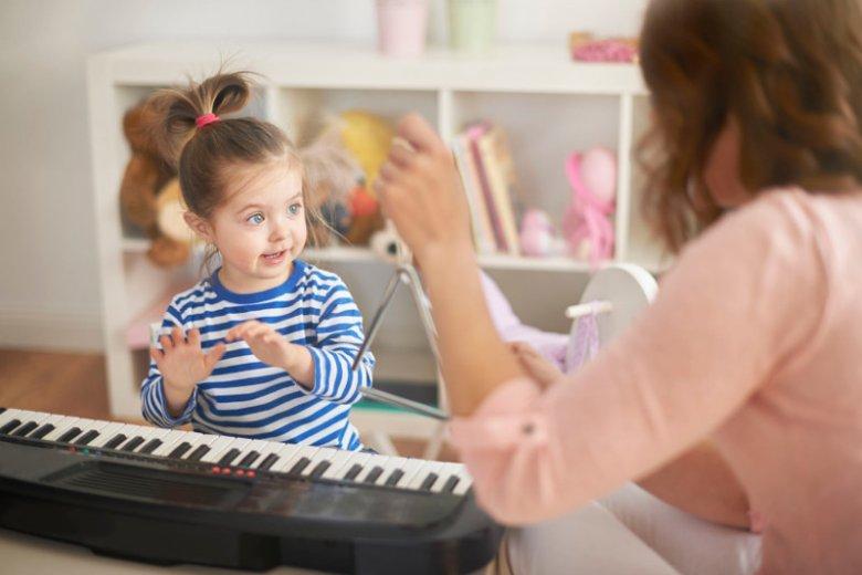 Muzykoterapia - wpływ na dziecko.