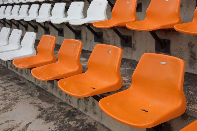 Złe zachowanie rodziców będzie miało wpływ na zakaz stadionowy.