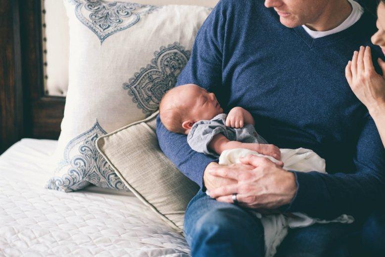 Badania wykazują, że urlop ojcowski może zniechęcać do rodzicielstwa
