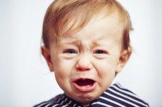 Dlaczego wystawiamy na widok publiczny emocje naszych dzieci?