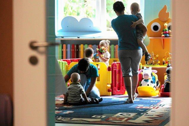 Warszawscy rodzice mogą liczyć na 400 zł dofinansowania na żłobek od miasta.