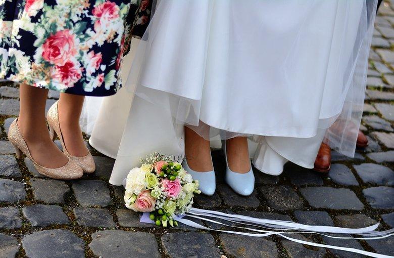Zaproszenie na ślub z dołączonymi zasadami oburzyło gości