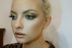Makijaż inspirowany złotymi pigmentami Pat McGrath Małgorzaty Smelcerz na modelce Ewie Kępys.
