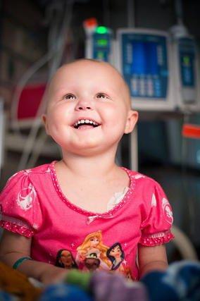 Wracające do zdrowia dzieci w szpitalu dziecięcym im. św. Judy cieszą oczy internautów.