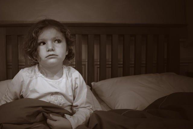 Choć lęki dziecięce są irracjonalne i wydają się błahe to nie można ich bagatelizować i przeczekać.