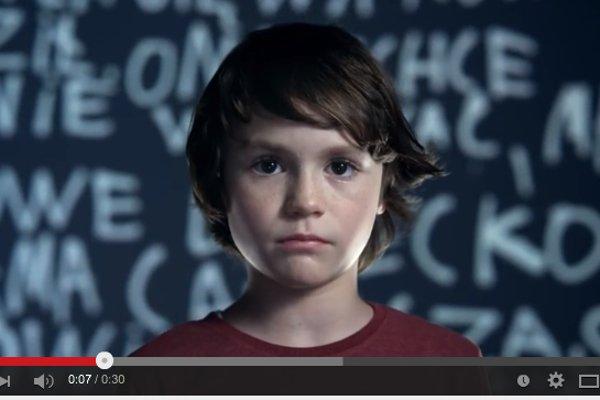 Fot. Screen z Youtube / [url=https://www.youtube.com/watch?v=1PLrVj9YC4U#t=13]Rzecznik Praw Dziecka[/url]