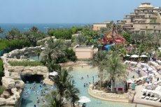 Aquaventure Waterpark to jeden z najbardziej ekscytujących parków wodnych w Dubaju