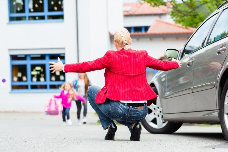 Mama lub tata będą mogli pracować godzinę krócej, by wcześniej odebrać dzieci z przedszkola i szkoły.