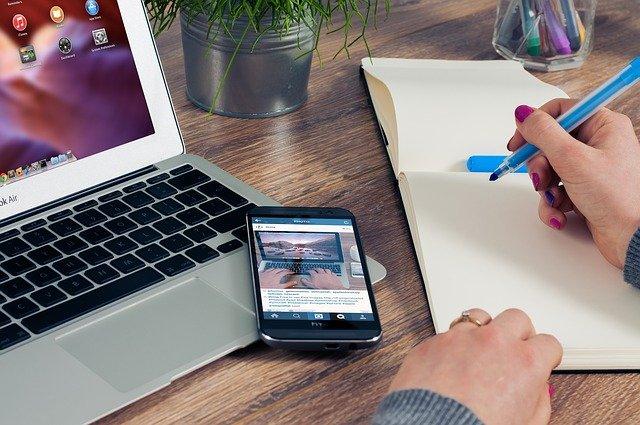 Fot. Pixabay/[url=http://pixabay.com/pl/urz%C4%85d-stwierdza-notatnika-620817/]FirmBee[/url] / [url=http://bit.ly/CC0-PD]CC0 Public Domain[/url]