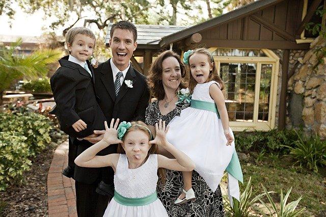 Fot. Pixabay/[url=http://pixabay.com/pl/zabawa-rodzina-dla-dzieci-matka-663196/]gpalmisanoadm[/url] / [url=http://bit.ly/CC0-PD]CC0 Public Domain[/url]