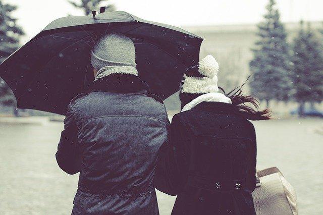 Fot. Pixabay / [url=https://pixabay.com/pl/parasol-deszcz-pogoda-sezon-zimno-1031328/]Unsplash[/url] / [url=https://pixabay.com/pl/service/terms/#usage]CC0 Public Domain[/url]