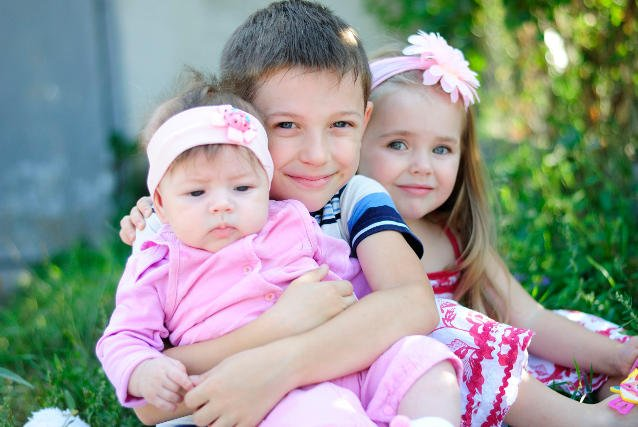 Dziecko, które przyszło na świat jako pierwsze, jest zazwyczaj bardziej bystre od pozostałych.