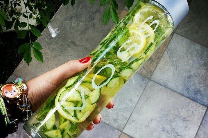 Sassy water to napój, który pomaga zrzucić zbędne kilogramy