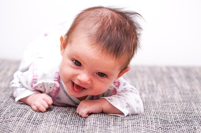 Fot. Pixabay/[url=https://pixabay.com/pl/dziecko-dziewczyna-twarz-zobacz-786697/]wschut[/url] / [url=  http://pixabay.com/pl/service/terms/#download_terms]CC O[/url]
