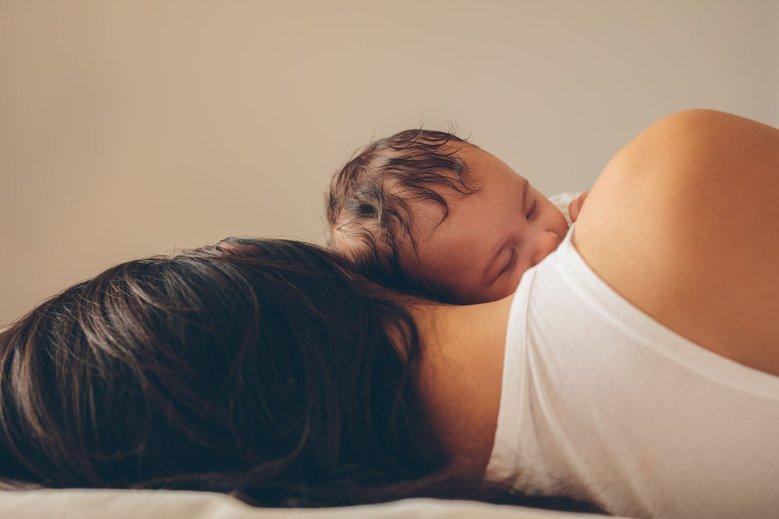 Czułość i dotyk są najcenniejszym prezentem, jaki będzie owocował przez całe życie